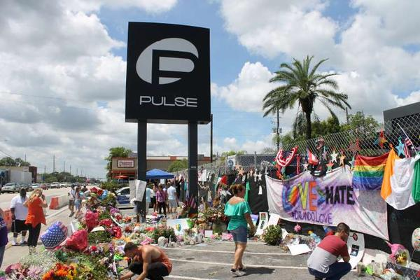 The Pulse Night Club shooting generated more than 600 calls to 911, stretching the dispatch system.