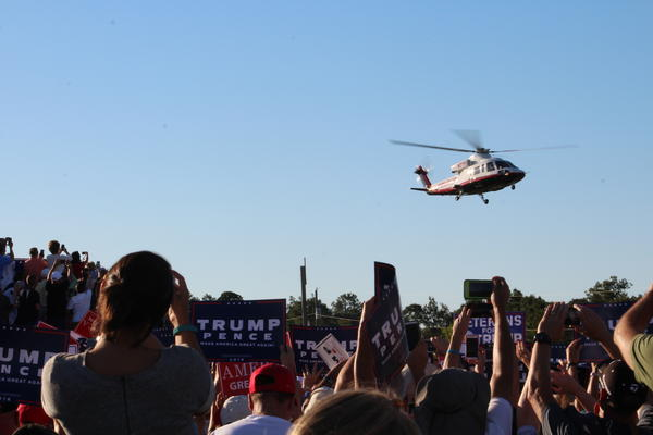 Trump's helicopter lands shortly before 6 p.m.