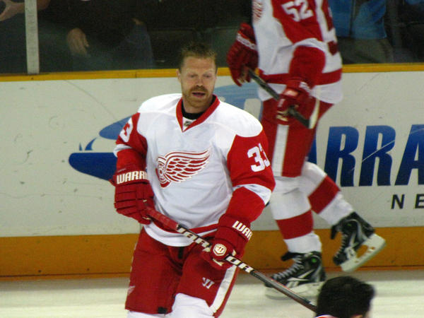 Kris Draper played 17 seasons and won four Stanley Cups with the Detroit Red Wings.