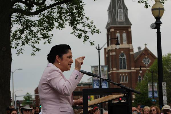 Illinois Comptroller Susana Mendoza (file)