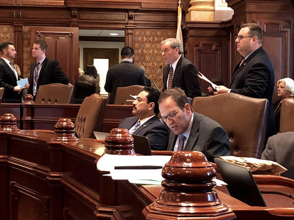 Senate President John Cullerton (back) during a Nov. 7, 2017 debate on HB 137--a proposal to extend the statute of limitation on complaints made to the IG. A victims-right advocate says Sen. Ira Silverstein (foreground) sexually harassed her last year.