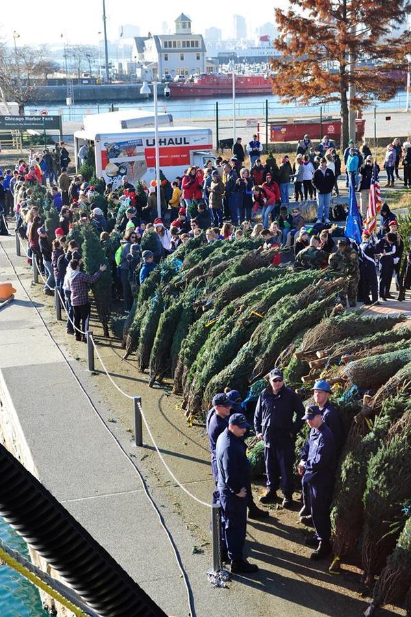 Crowd gathers near the Mackinaw.