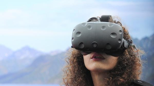 Walmart and other companies have plans to implement virtual reality for their websites.