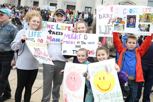 Chloe French, 17, Shawn Meeks, 15, Abby Gresham, 16, and Sophie French, 10, Miranda Leslie, 10, and Kyle Brewer, 11, all of Mayflower
