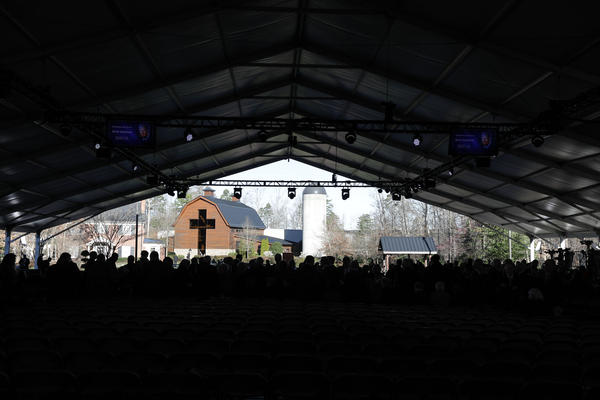 Guests begin to arrive at Billy Graham's funeral at his namesake library in Charlotte, Friday, March 2, 2018.