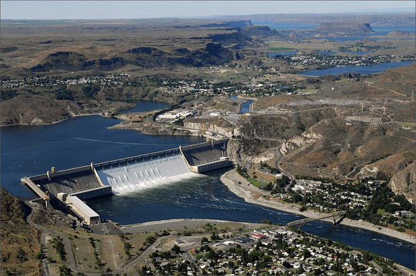 When the Grand Coulee Dam was built between 1933 and 1941, it effectively blocked salmon from traveling to the upper reaches of the Columbia River.