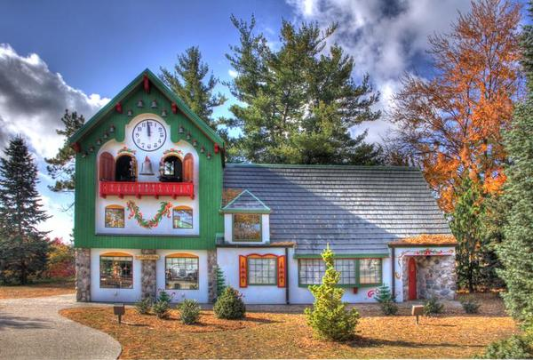 The Santa House in Midland is the longest-running Santa school in the country.