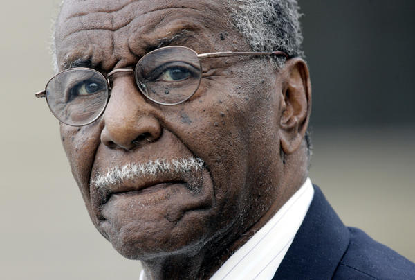 <p>Civil rights activist Fred Shuttlesworth, hailed by the Rev. Martin Luther King Jr. for his courage and energy, died Wednesday in Birmingham, Ala. He was 89.</p>