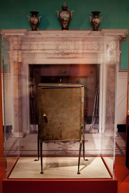 A plate warmer with an open back would be set in front of the fireplace at Mount Vernon and filled with plates for the evening's guests.