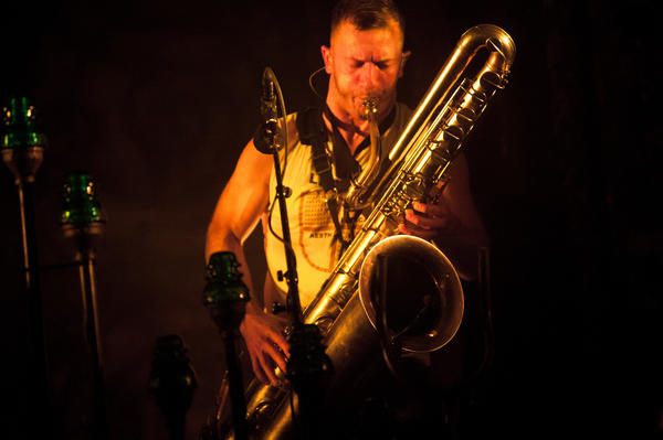 Colin Stetson played baritone saxophone, alto saxophone and clarinet for Bon Iver.