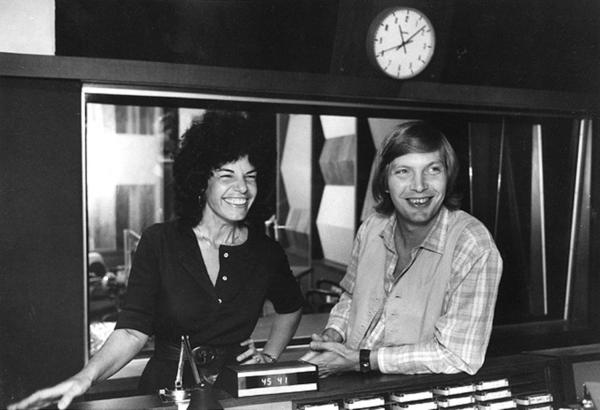 Susan Stamberg and Bob Edwards in 1978, at the M Street building.