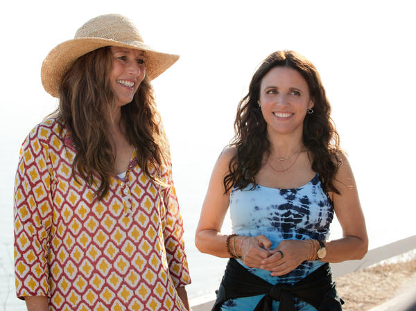 Catherine Keener, a frequent collaborator with Nicole Holofcener, takes on a supporting role as Albert's ex-wife — who's Eva's new client.