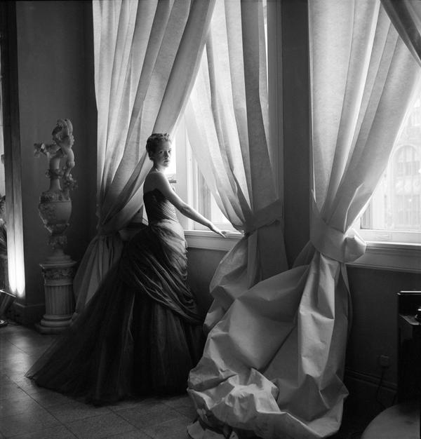 James' wife, Nancy, photographed in the Swan Gown in 1955.