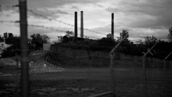 A view of the Tonawanda Coke plant in Tonawanda, N.Y., which was found to have emitted carcinogens at levels many times higher than the state's limit.