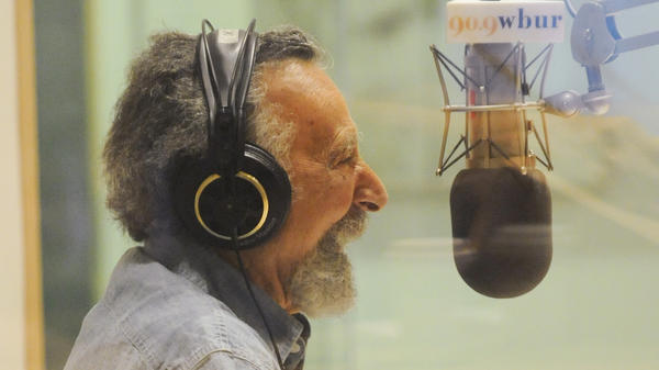 Tom Magliozzi co-hosted the longtime public radio show <em>Car Talk</em>. He died Monday.