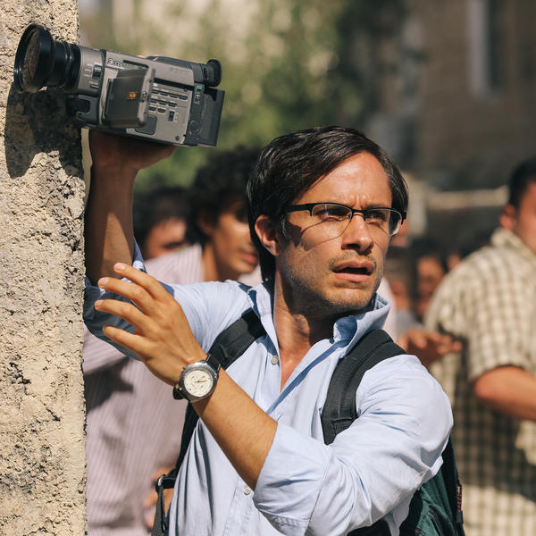 <em>Rosewater</em> has the sense of urgency and nuanced take on media that you'd expect from first time writer-director Jon Stewart.