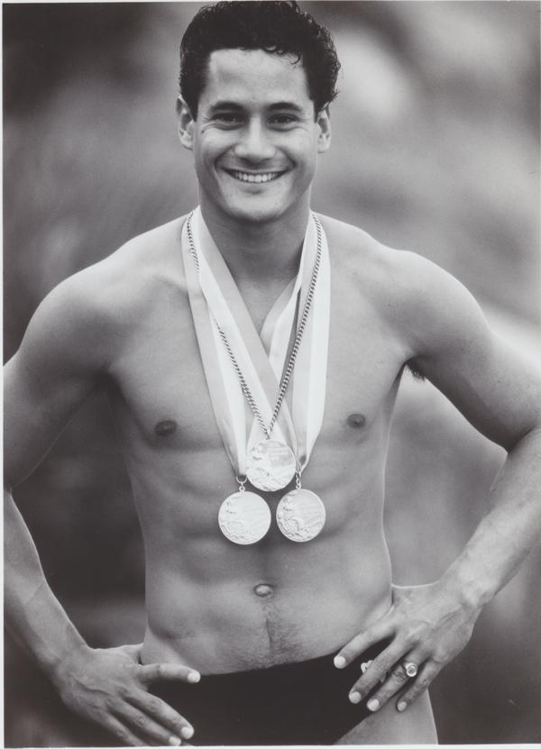 Louganis won 5 Olympic medals, 5 World Championship titles, and 47 national titles.