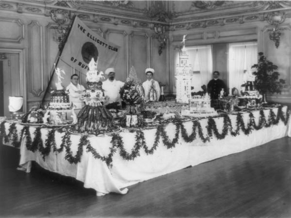 An elaborate buffet at the Ellicott Club in Buffalo, N.Y., circa 1901.