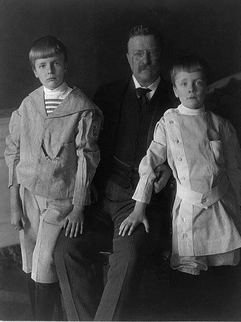 Theodore Roosevelt in 1907 with two of his sons, Archie and Quentin — who put snakes in the pockets of congressmen.