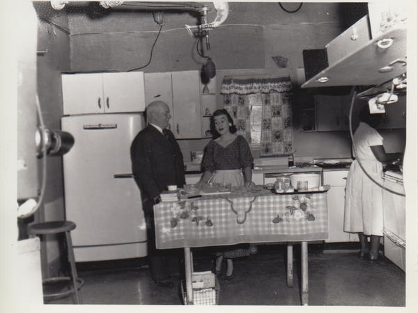 Hach is seen on the set of <em>Kitchen Kollege,</em> the first cooking show in the South, on WSM in Nashville, Tenn.