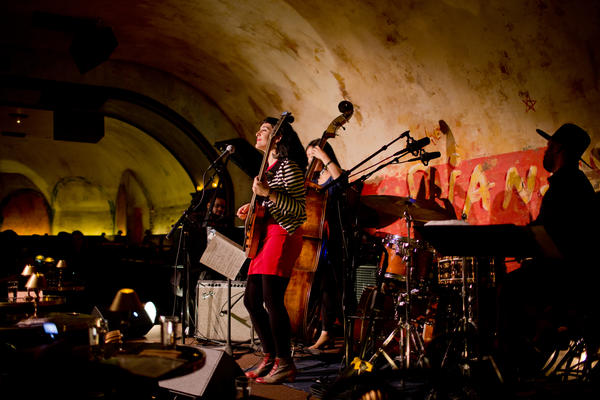 Guitarist and vocalist Camila Meza led a quartet in songs from a forthcoming album, <em>Traces</em>.