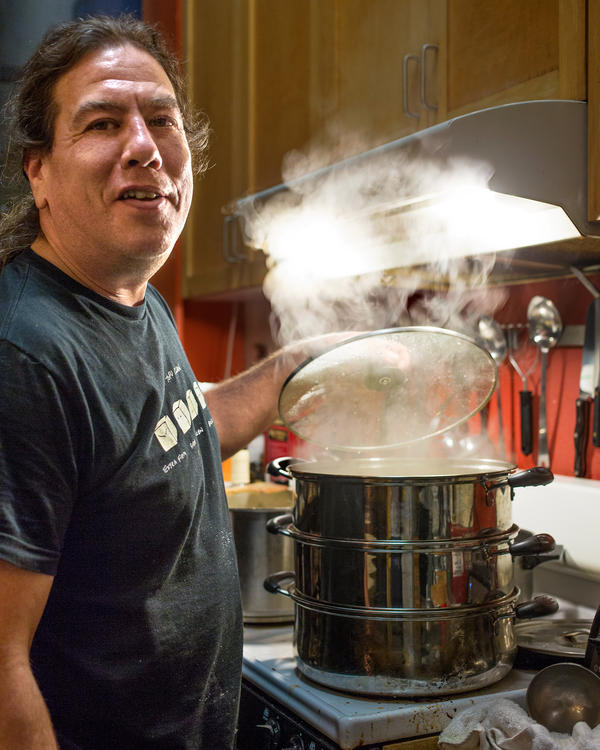 """For the last decade, musician and vegan chef Philip Gelb has hosted an underground supper club called """"<a href=""""http://www.soundandsavor.com/"""" target=""""_BLANK"""">Sound & Savor</a>"""" — intimate dinner concerts for about 20 paying guests — in his loft in West Oakland, Calif."""