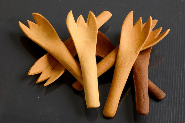 Currently, Bakey's sells only spoons, but the company has developed prototypes of forks and chopsticks.