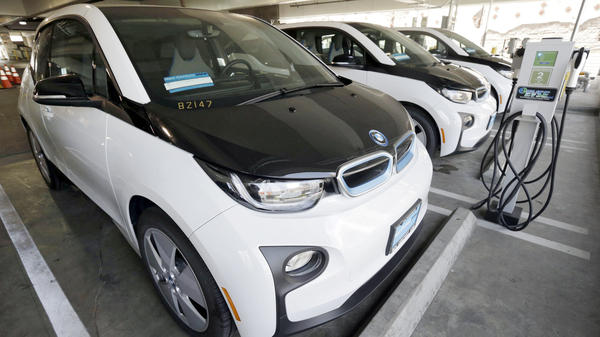 The Los Angeles Police Department's fleet of BMW i3 electric cars. Several companies, cities and states announced plans to establish national grid for EVs.