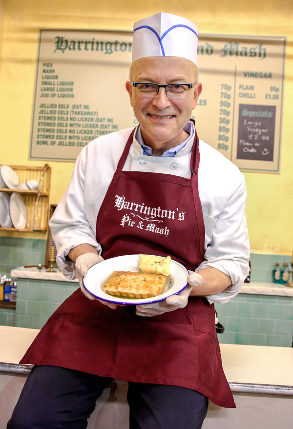 "Former White House pastry chef Bill Yosses now bakes pies for New York City's production of ""<em>Sweeney Todd: The Demon Barber of Fleet Street.""</em>"