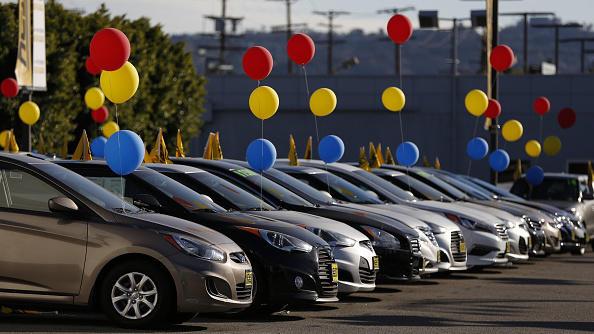 Hyundai Motor Co. vehicles sit on display for sale on the lot of  in the Van Nuys neighborhood of Los Angeles, California, U.S.