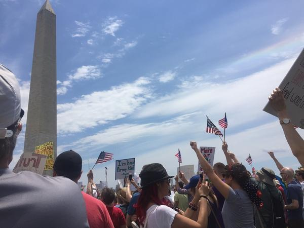 "In Washington, D.C., demonstrators called for a congressional independent commission to investigate connections between the Trump campaign and the Russian government — one of several nationwide ""March for Truth"" rallies on Saturday."