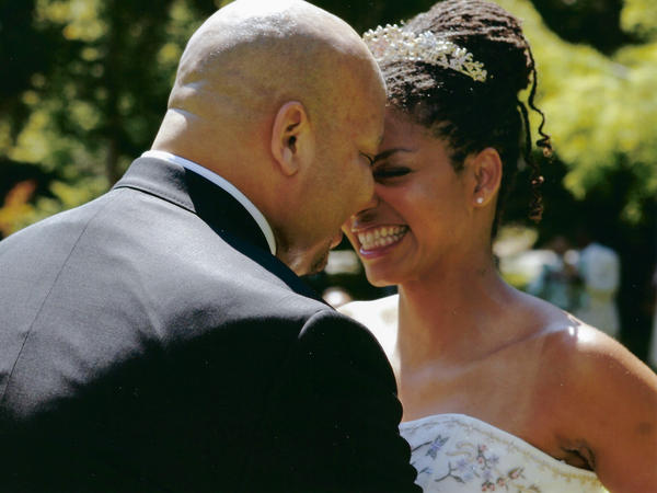 Dr. Vanessa Grubbs and Robert Phillips at their wedding in August 2005. Just a few months earlier, when his kidneys were failing, she gave him one of hers.