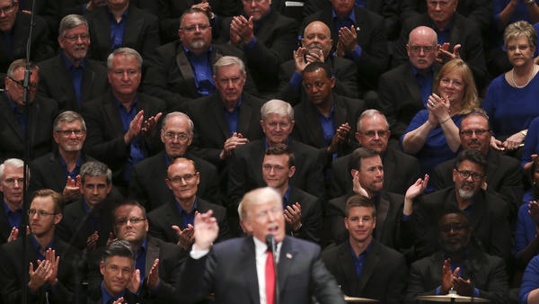 President Trump speaks on Saturday during an event celebrating veterans at the Kennedy Center for the Performing Arts in Washington, where he continued his rhetorical attacks on the media.