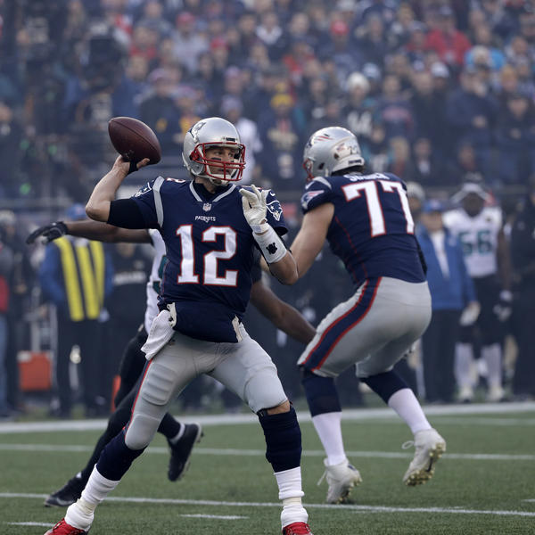 New England Patriots quarterback Tom Brady throws a pass during the first half of the AFC championship NFL football game against the Jacksonville Jaguars yesterday in Foxborough, Mass.