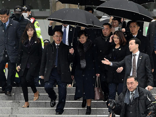 Pop singer Hyon Song-wol, head of the North Korea's Samjiyon Orchestra and leader of a popular all-female North Korean band, leaves Seoul's Korea National Theater on Monday. She led Pyongyang's delegation to inspect Olympic venues before the Games begin next month.