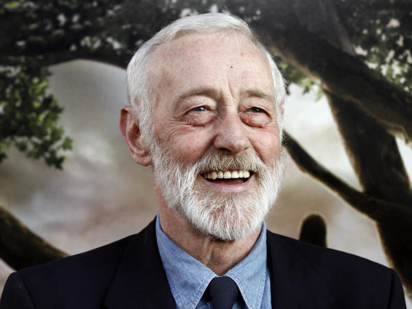 John Mahoney, best known as Kelsey Grammer and David Hyde Pierce's curmudgeonly father on <em>Frasier,</em> has died. He was 77.