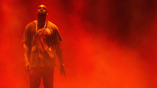 Kanye West performs at The Meadows Music & Arts Festival October 2016 in Queens, New York.