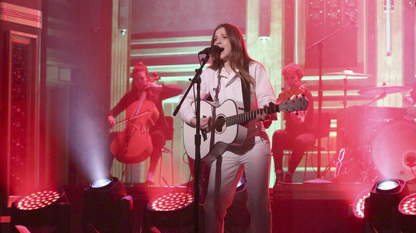 "Slingshot artist Jade Bird performs her song ""Lottery"" on The Tonight Show Starring Jimmy Fallon"