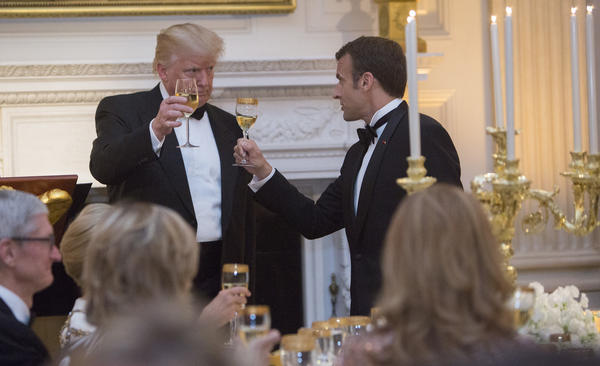 President Trump and French President Emmanuel Macron toast the nations' friendship to start the dinner.