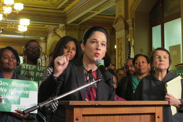 Comptroller Susana Mendoza addresses the AFSCME rally on April 26