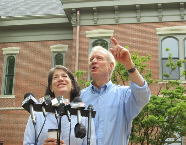 Gov. and First Lady Rauner address the media outside the nearly-complete Governor's Mansion in Springfield