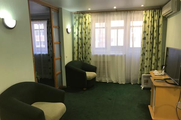 The late North Korean leader Kim Jong Il stayed in Room 615 in the Hotel Gavan in Vladivostok in 2002.