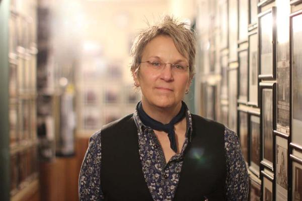 "Singer-songwriter Mary Gauthier appeared at McCabe's Guitar Shop in Santa Monica, Cal. as part of her nationwide tour for ""Rifles and Rosary Beads."""
