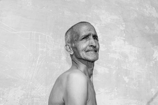 Lazheri, an ex-mine worker, Al-Mitlawi