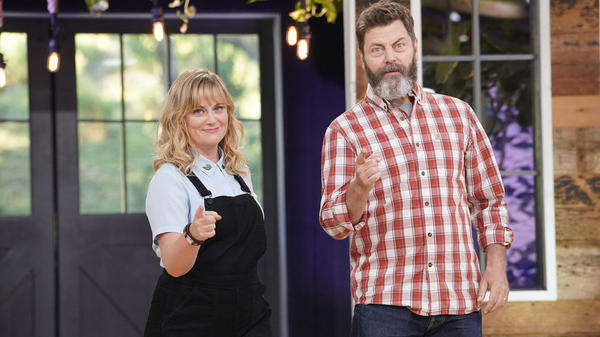Amy Poehler and Nick Offerman host NBC's new craft competition, <em>Making It</em>.