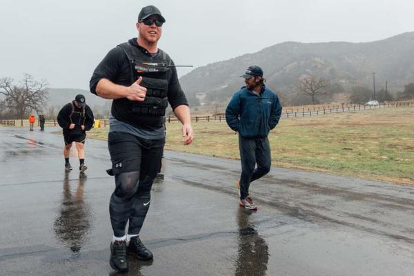 Sage Decker, an Army veteran with 16 years of experience fighting wildfires, leads a training session put on by Team Rubicon and the Bureau of Land Management.