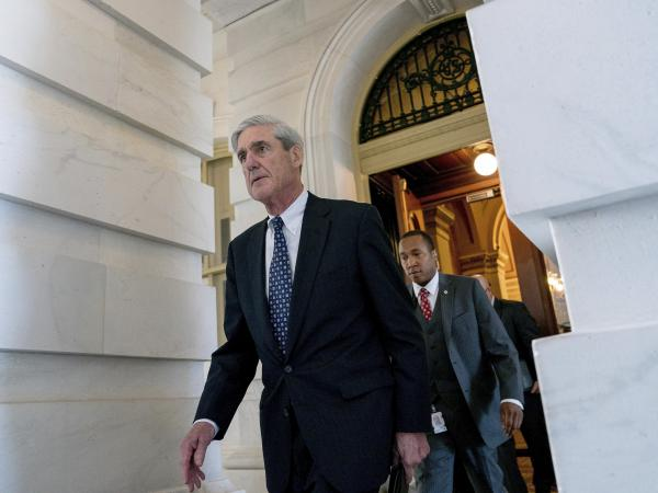 """<em>The New York Times</em> reports that special counsel Robert Mueller """"did not say that he was giving up on an interview."""