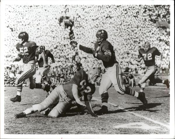 USC fullback C.R. Roberts broke a school record for yardage in a single game in the Trojans' 1956 bout against the Longhorns.