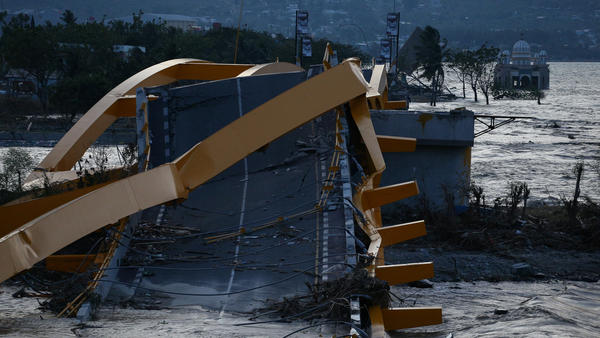 A bridge was wrecked at the city of Palu, after an earthquake and tsunami hit the area in Central Sulawesi, Indonesia.