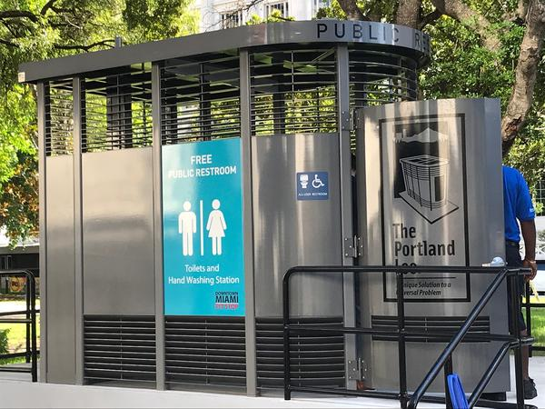 The city of Miami on Wednesday opened a permanent public restroom in Downtown.
